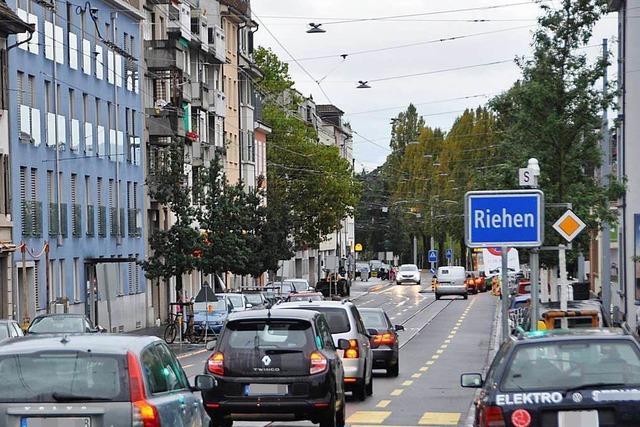 Riehener Politiker wollen, dass der Verkehr auf der Zollfreien Straße bleibt