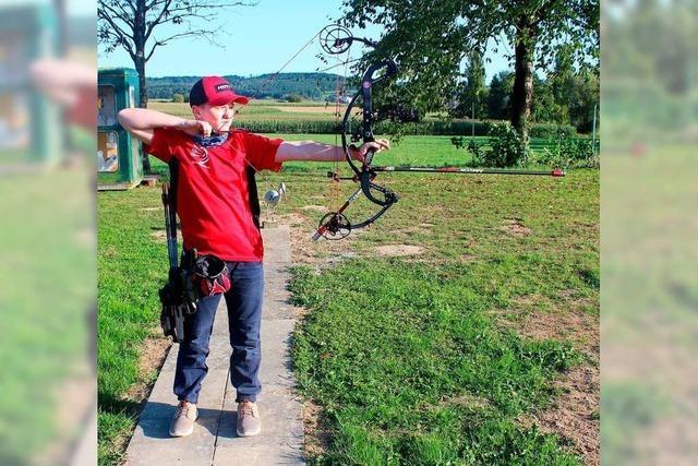 Dieser 10-Jährige aus Kandern ist Deutscher Meister im Bogenschießen