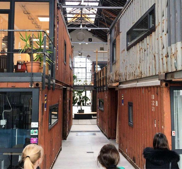 In den Containern schlummern Ideen.    Foto: BZ-Azubis