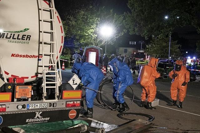Feuerwehren üben für Chemieunglück