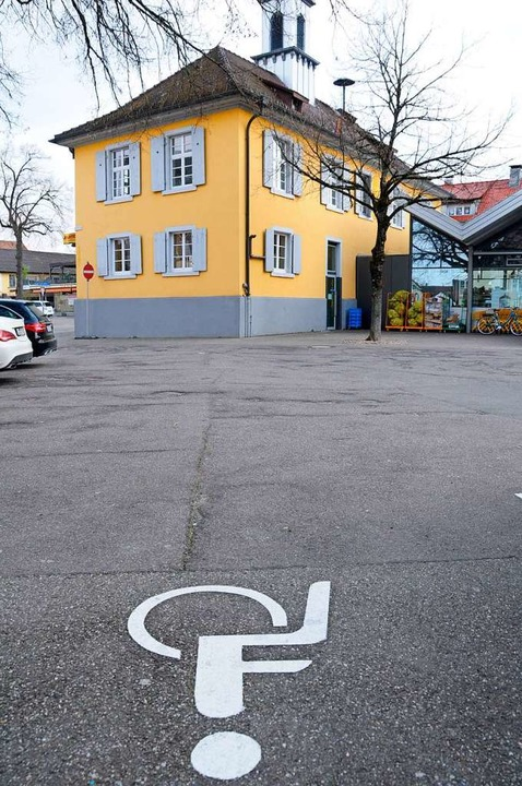 Das alte Rathaus in Maulburg soll künf...einderat genehmigte den nötigen Umbau.  | Foto: Robert Bergmann