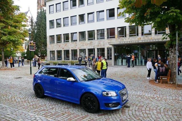 Wird in Schönau der Pausenhof verlegt oder eine Straße gesperrt?