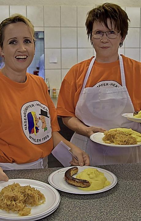 Sauerkraut, Kartoffelbrei und viel  Fleisch gibt's an der Metzgete.  | Foto: Heinz und Monika Vollmar
