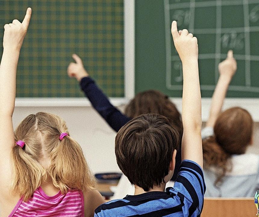 Die Zahl der Schüler an der Fürstabt-G... und das Einzugsgebiet sind gewachsen.  | Foto: contrastwerkstatt/zolotons/Adobe Stock, Montage: bz