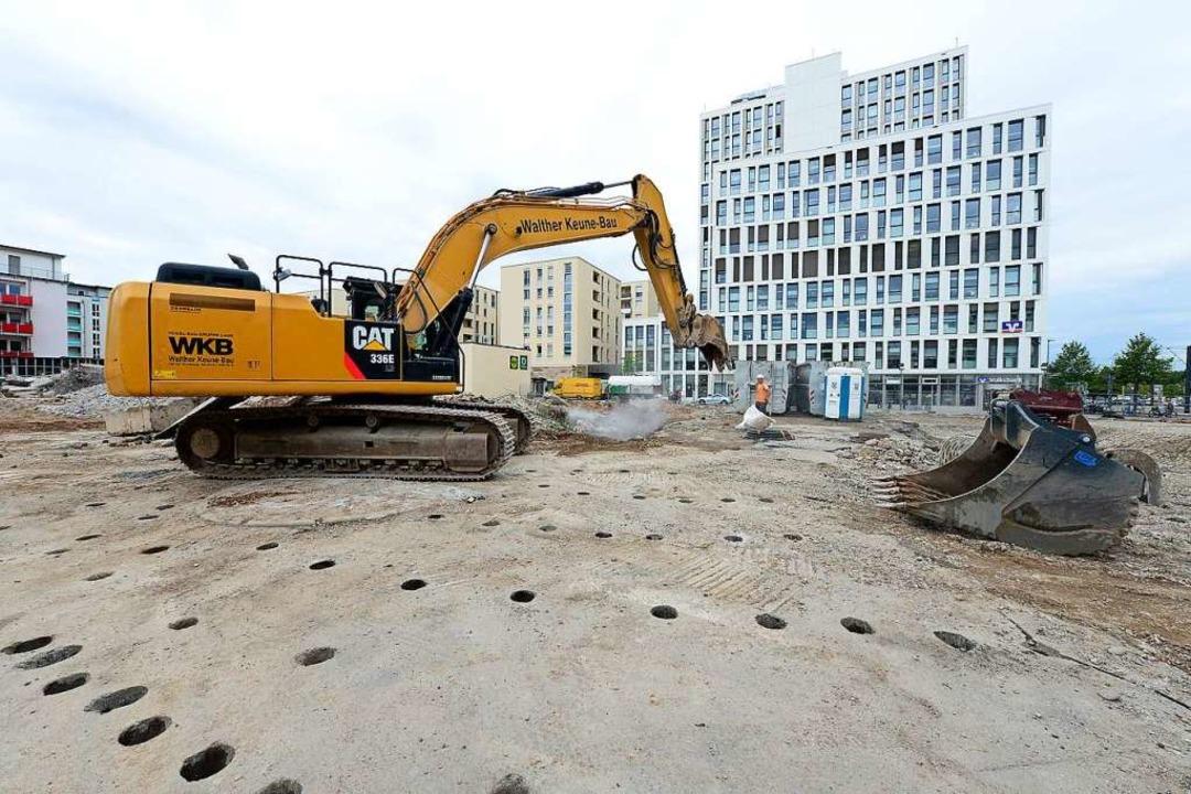 Wo einst eine Aldi-Filiale stand, habe...z für den geplanten Neubau geschaffen.  | Foto: Ingo Schneider