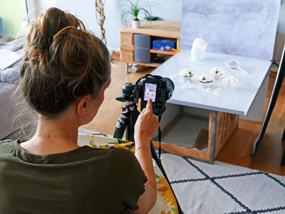 Die werden auch für den Blog und ihre Social-Media-Kanäle in Szene gesetzt.  | Foto: Theresa Steudel