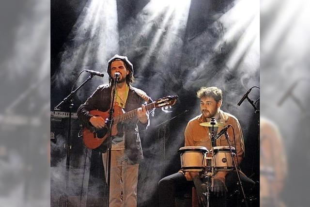 Duo Sadoo & Leo mit World- und Reggae-Music in Efringen-Kirchen