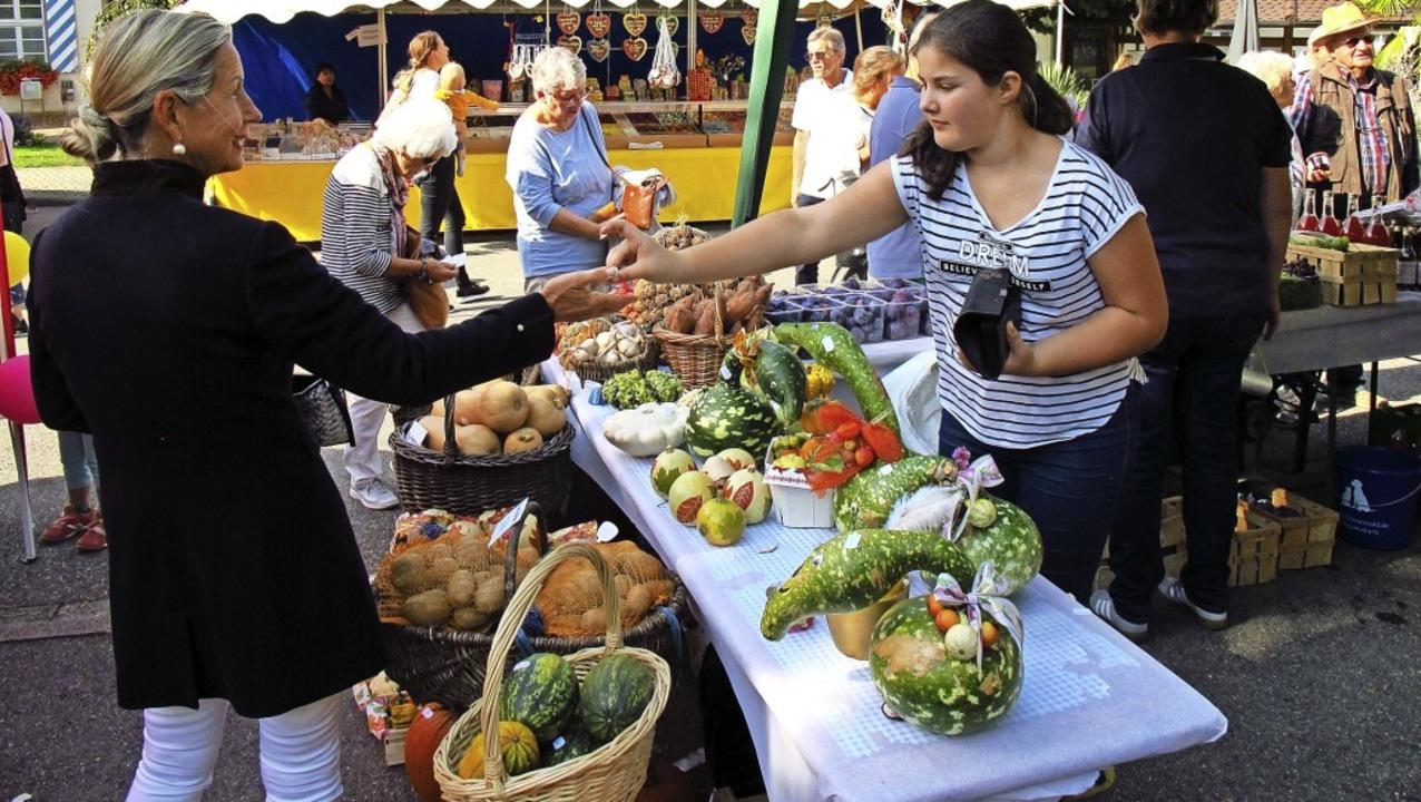 Herbstmarkt Bad Bellingen –  hie...h immer frische Ware direkt vom Feld.   | Foto: Jutta Schütz