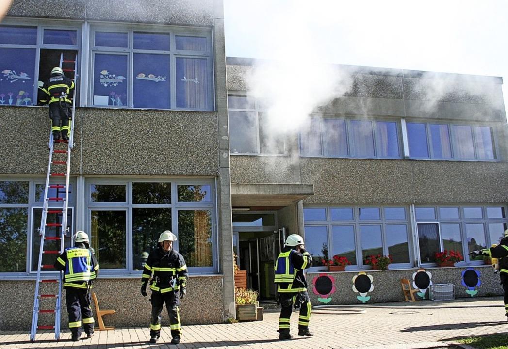 <BZ-FotoAnlauf>Feuerwehr Gersbach:</BZ... Übung hatte realistischen Charakter.   | Foto: Gerd Sutter