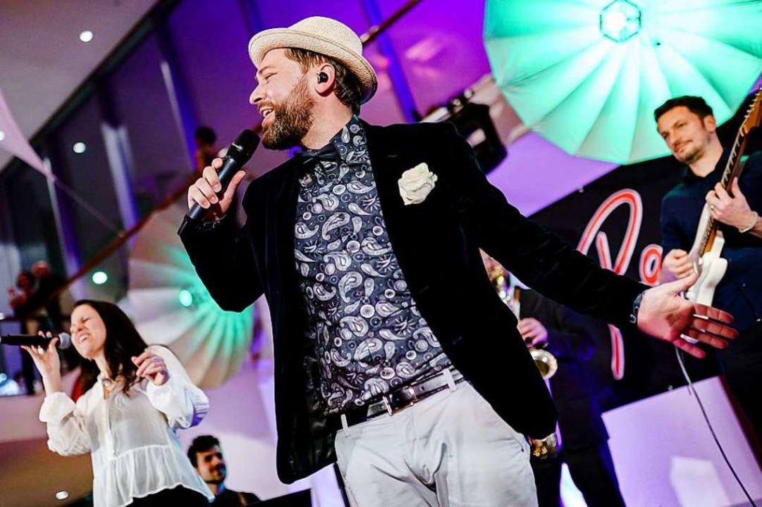 Randy Club macht Livemusik.  | Foto: Valentin Behringer
