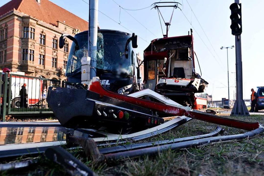 Die Unfallstelle des Reisebusses aus Kandern in Danzig    Foto: Jan Dzban (dpa)