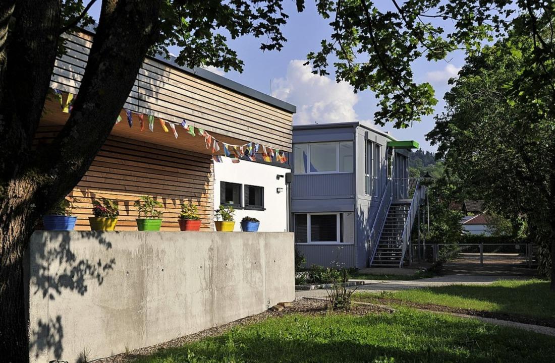 Staufen investiert weiter in die Kinde...chule zum Kita-Zentrum umgebaut wird.   | Foto: Hans-Peter Müller