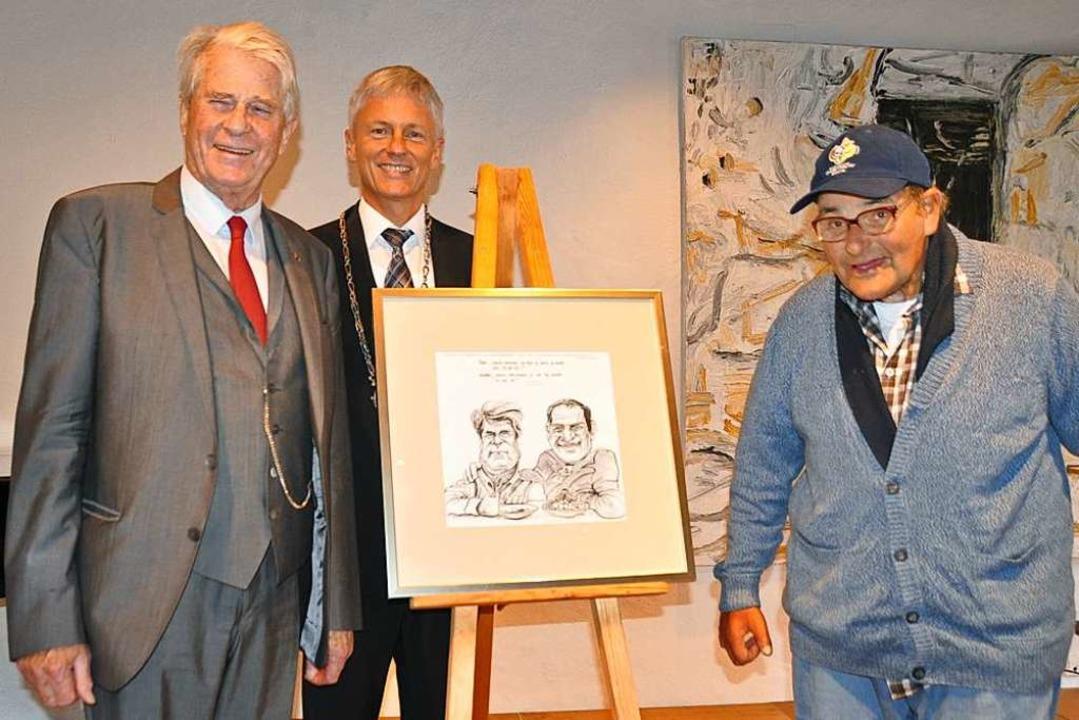 Original und Karikatur: Graf Hohenthal...ner, in der Mitte Bürgermeister Benitz  | Foto: Rainer Ruther