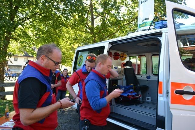 Bergwacht Wieden will neues Fahrzeug vorstellen – muss aber dreimal ausrücken