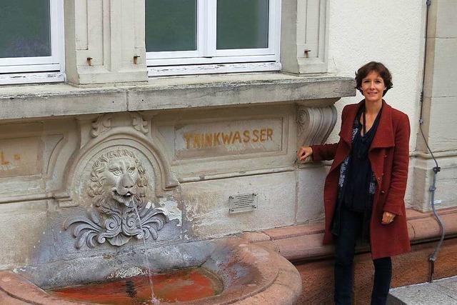 Ortsrundgang durch Badenweiler mit Bürgermeisterkandidatin Kathryn Babeck