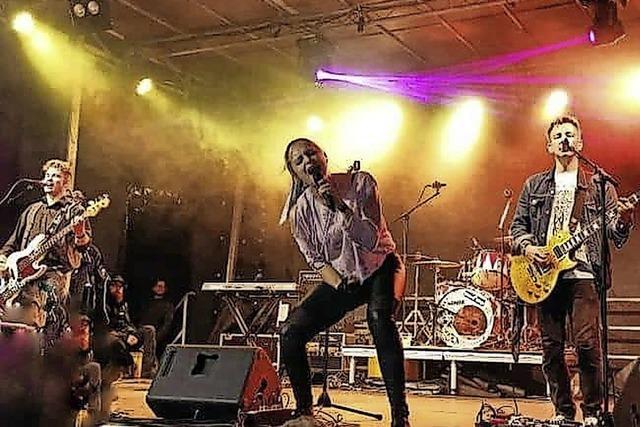 Melodic Rock mit Cornerstone in Maulburg