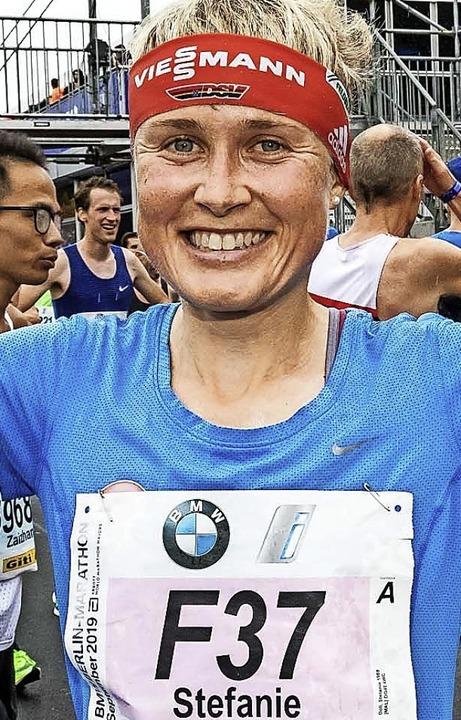 Jubel nach famosem Marathon in Berlin: Stefanie Doll  | Foto: Herbert Steffny