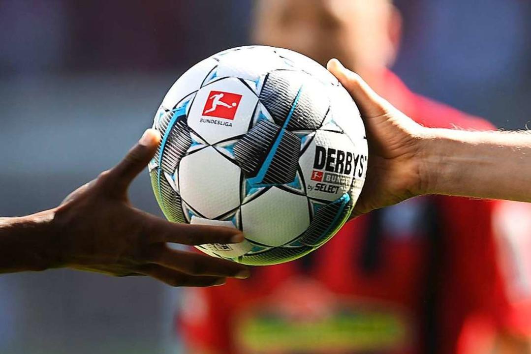 Die Termine für die nächsten SC-Spiele stehen fest.  | Foto: Patrick Seeger (dpa)