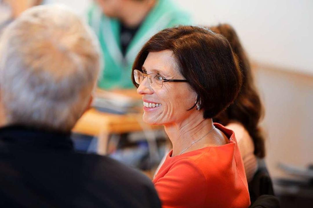 Christine Buchheit freut sich über das Ergebnis des ersten Wahlgangs.    Foto: Christoph Breithaupt