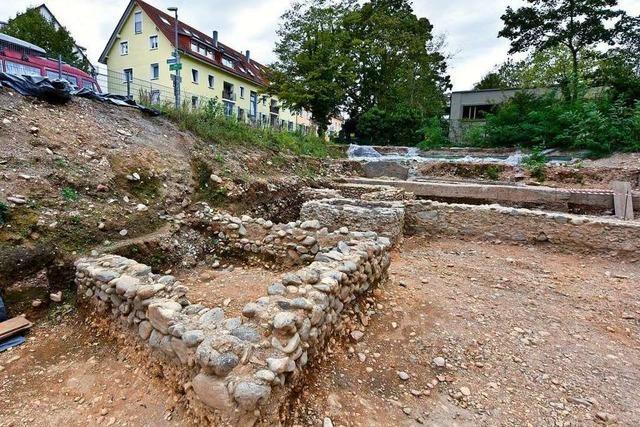 Archäologen entdecken an der Rheinstraße einen spätmittelalterlichen Kühlschrank