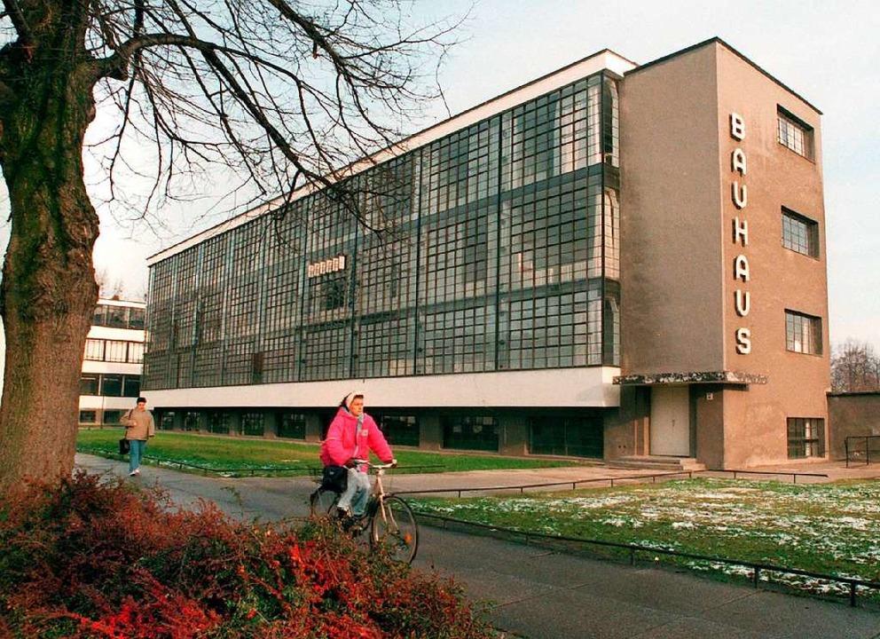 Das von Bauhaus-Gründer Walter Gropius...au gehört zum Unesco-Welterbe Bauhaus.  | Foto: Peter_Förster