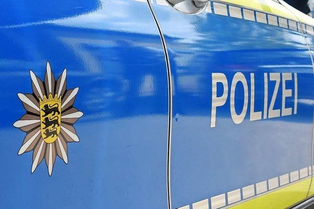 79-Jährige Radfahrerin stürzt in Lörrach in einem Kreisverkehr