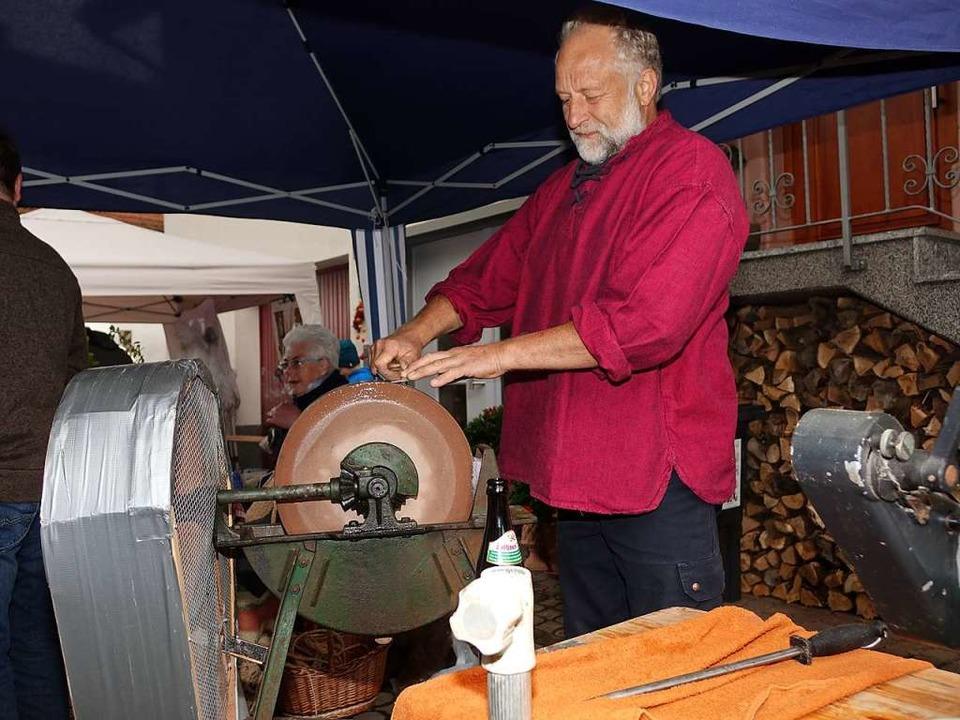 Beim Aktionstag des Bruuchtumvereis in...en handwerkliche Traditionen erlebbar.  | Foto: Hans-Jürgen Hege