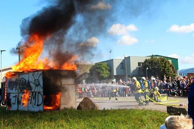 Eine Maus lockt die Massen zur Bad Krozinger Feuerwehr