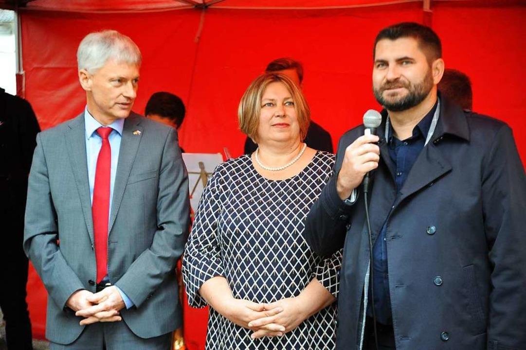 (von links) Staufen Bürgermeister Mich... der Bürgermeister von Kazimierz Dolny  | Foto: Hans-Peter Müller