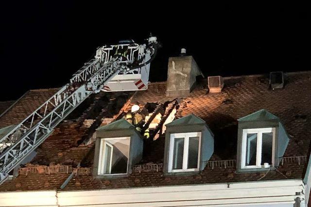 Löste ein Baustrahler den Brand am Freiburger Münsterplatz aus?