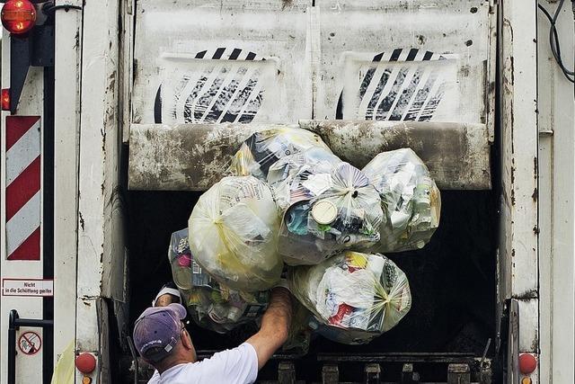 Selbstversuch: Wie hart ist der Alltag bei der Müllabfuhr?