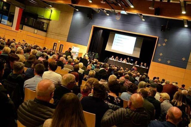 Diskussion um das Malteserschloss dominiert Einwohnerversammlung in Heitersheim