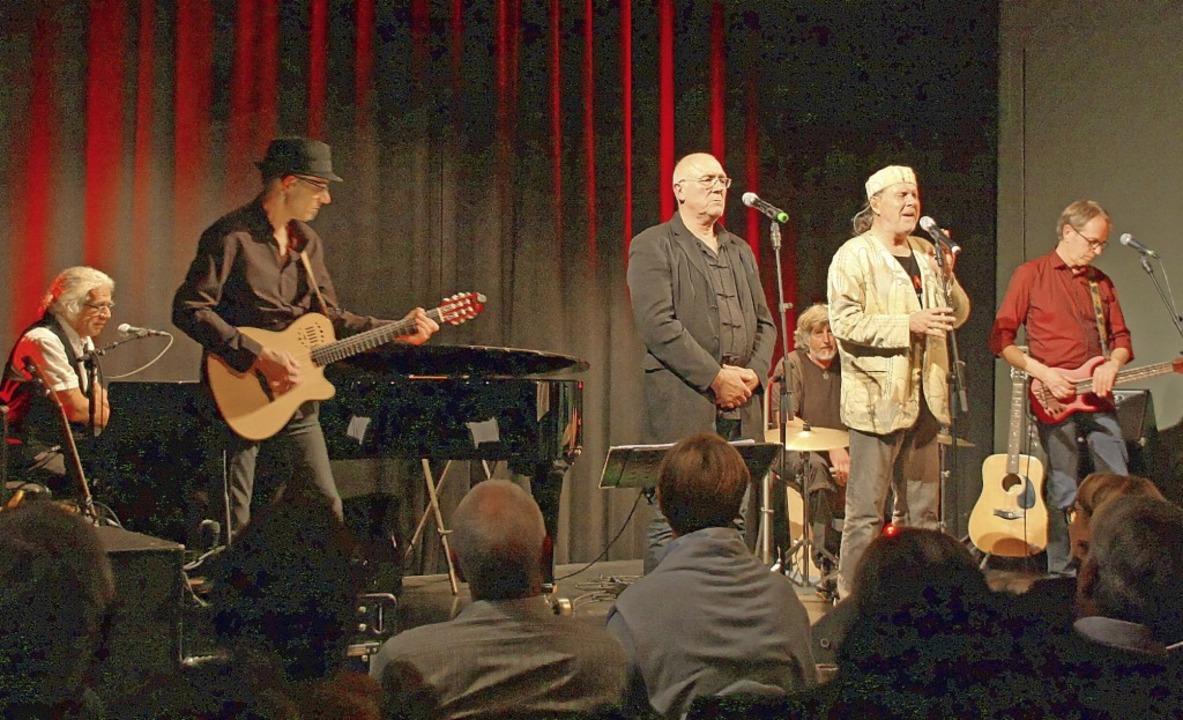 Poems on the Rocks rockten die Theater...umedi zum Auftakt der neuen Spielzeit.  | Foto: Christiane Franz