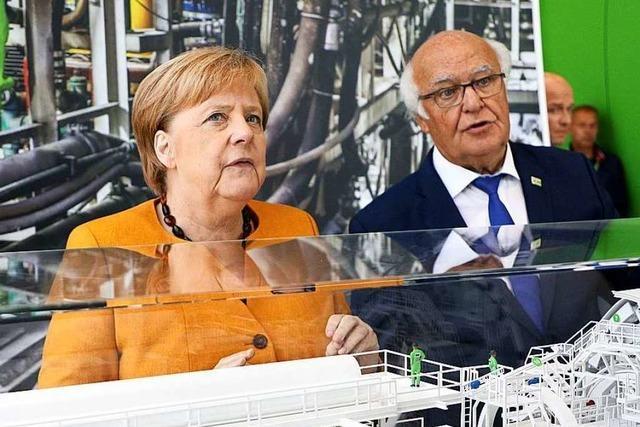 Angela Merkel besucht die Firma Herrenknecht