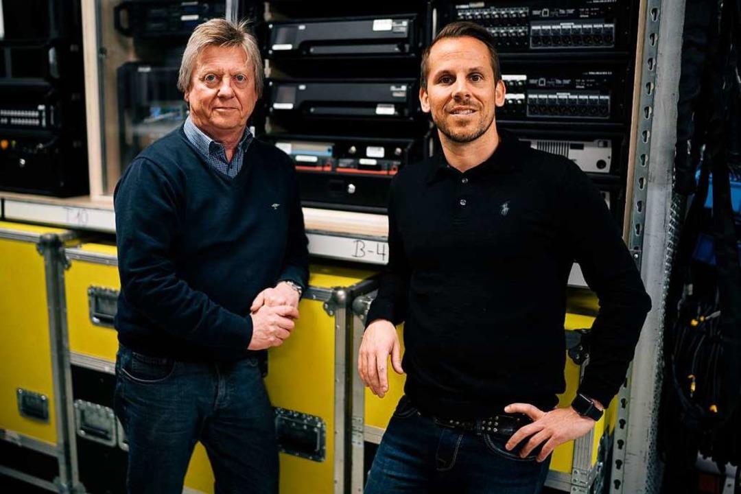 Norbert und Martin Kranz (v.l.n.r.) fü... war er auf Kinotechnik spezialisiert.  | Foto: privat
