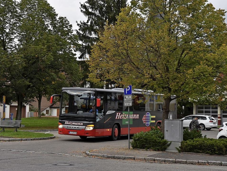 Im Rahmen der Sanierung des Rathauspla... in die Bahnhofstraße verlegt werden.     Foto: Heinz und Monika Vollmar