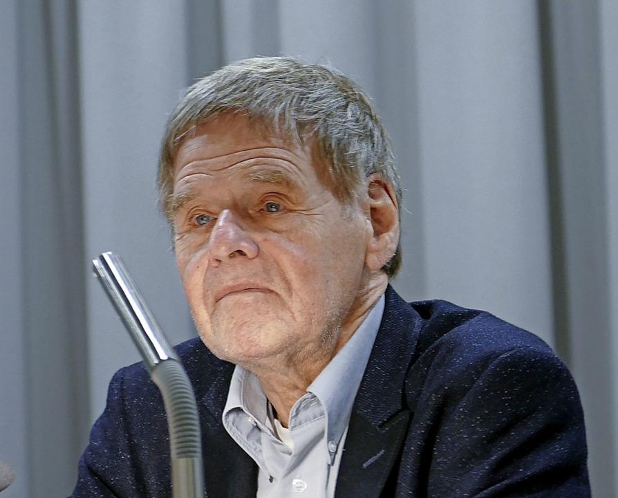 Christoph Meckel bei der Lesung im Dreiländermuseum   | Foto: Martina David-Wenk