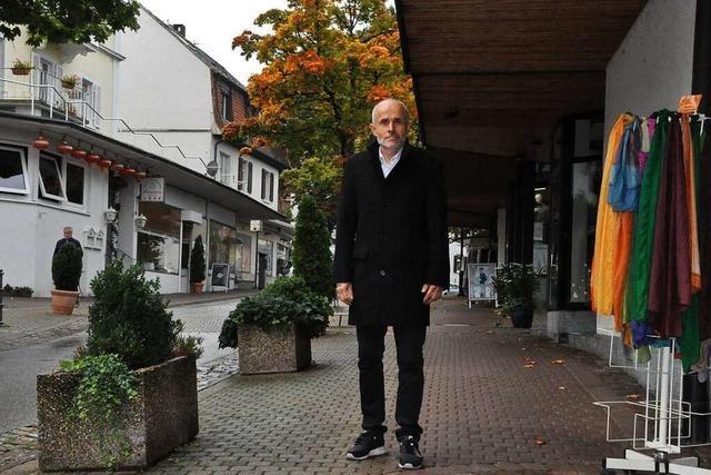 Ortsrundgang durch Badenweiler mit Bürgermeisterkandidat Mario Singer