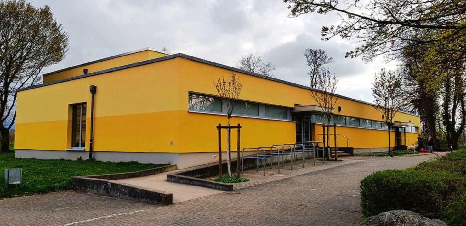 Die Umkircher Turn- und Festhalle ist ...anitär- und Umkleidebereiche bekommen.    Foto: Julius Wilhelm Steckmeister