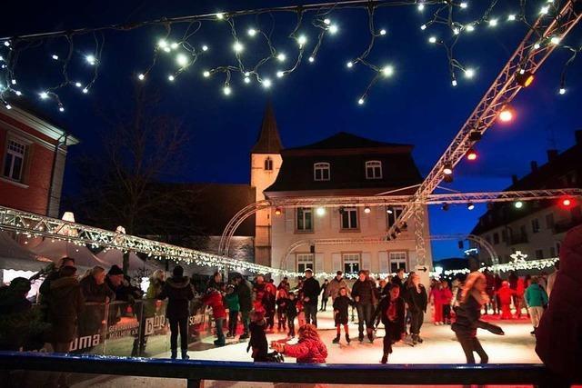 Erstmals gibt's im Advent auf dem Breisacher Marktplatz eine Eislaufbahn