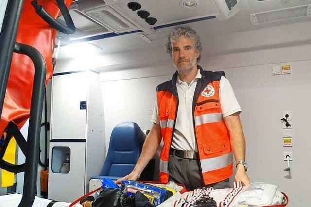 First Responder helfen, bis der Krankenwagen kommt