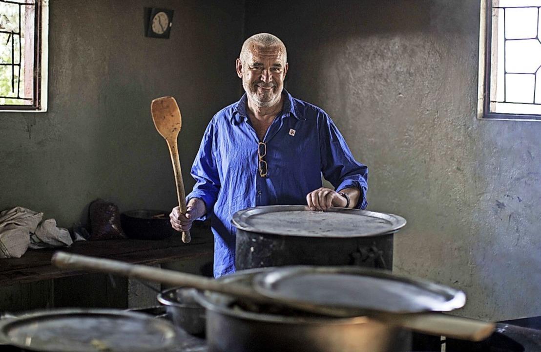Ein Mann in seinem Element: Friedenskoch David Höner  | Foto: Casper Hedberg