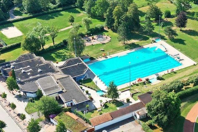 Wird Schopfheim in der Zukunft sein Schwimmbad wieder selbst betreiben?