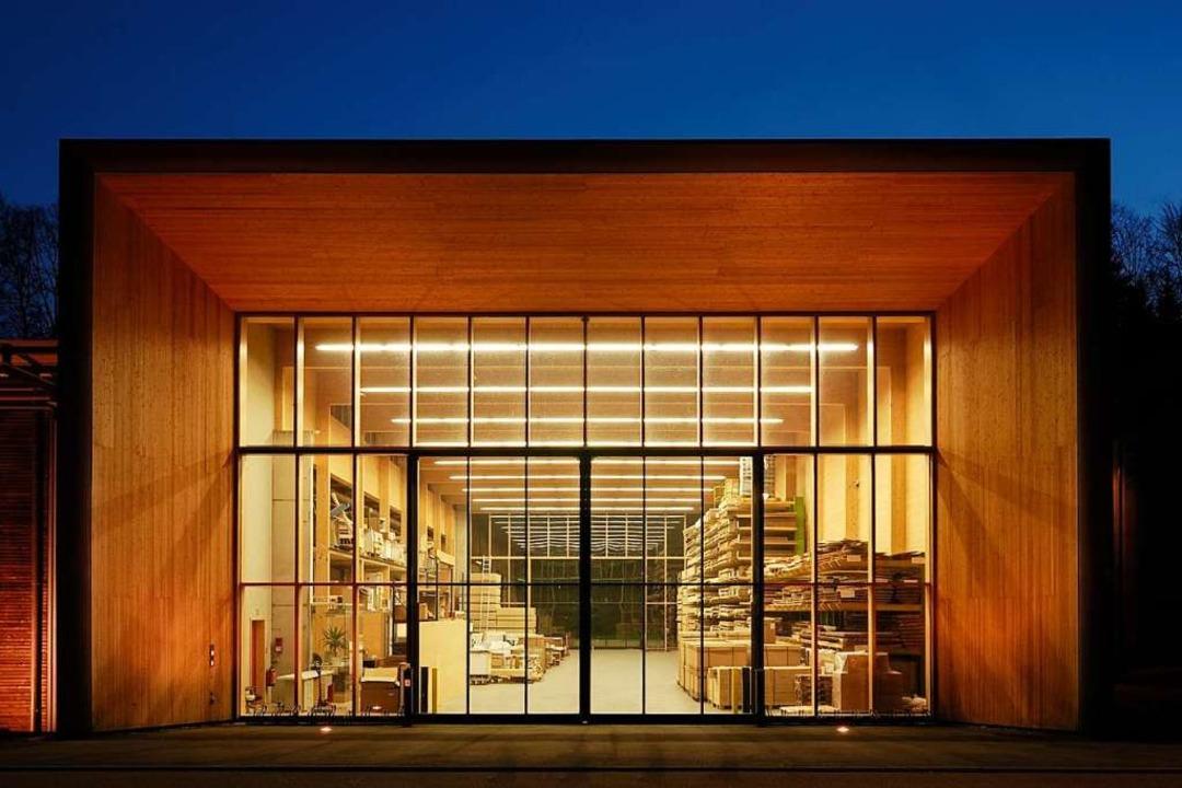 Die Logistikhalle der Firma Becherer in Elzach  | Foto: olaf herzog