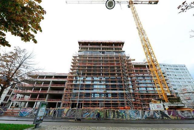 Auf der Volksbank-Baustelle am Freiburger Bahnhof geht es voran