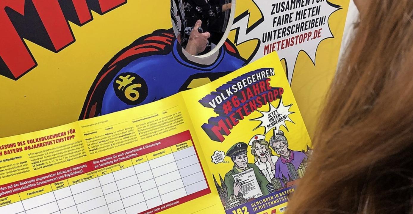 Eine Unterschriftenliste für das Volksbegehren  | Foto: Jennifer Weese (dpa)