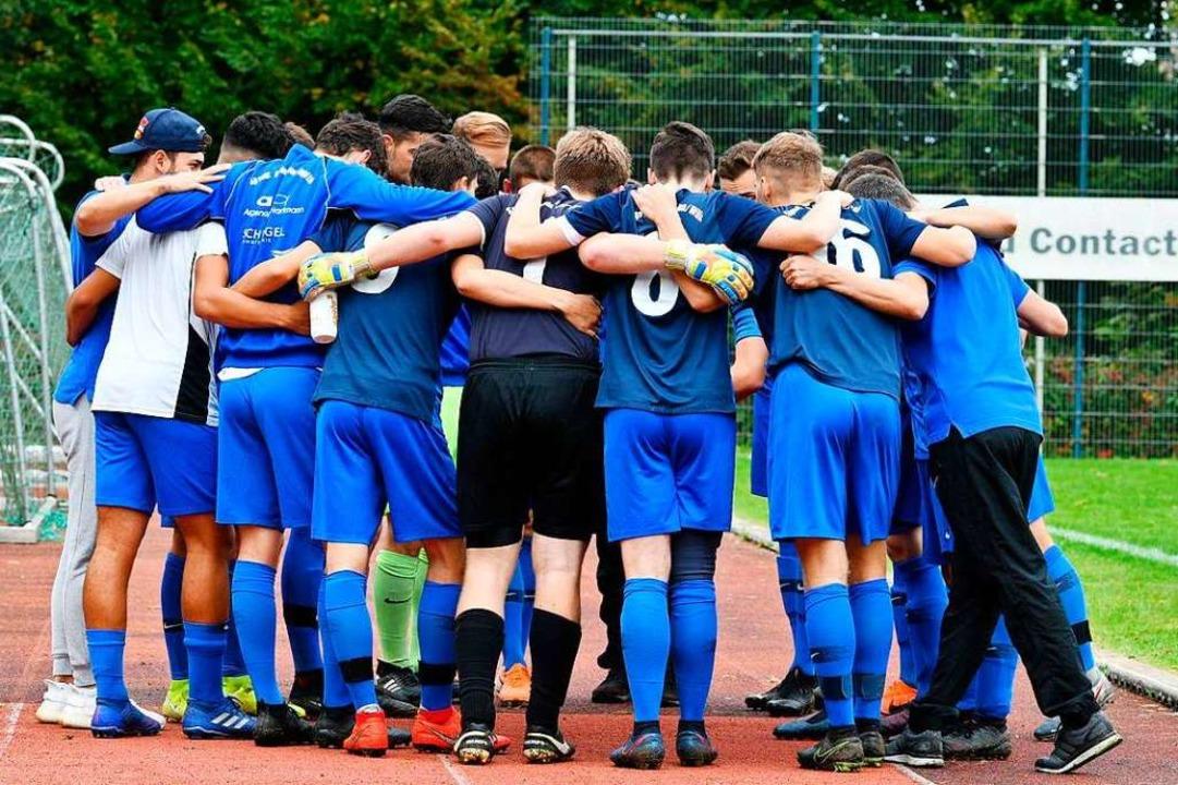 Die Mannschaft der SpVgg Gundelfingen/...al nach dem Sieg gegen die SF Grißheim  | Foto: Mym Fernandez