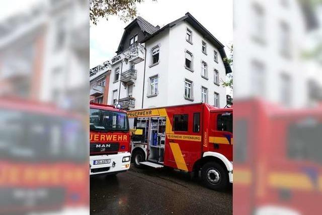 Wohnungsbrand in der Zähringerstraße – Straße derzeit gesperrt