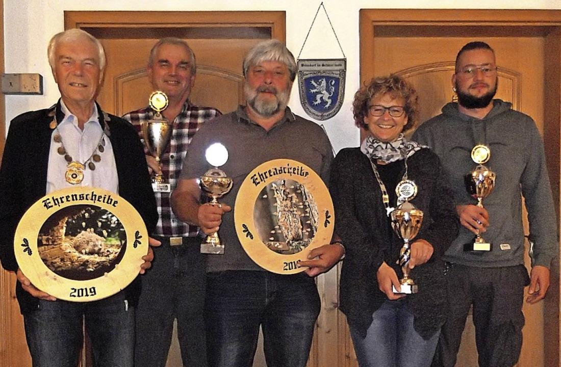 Die Besten des Königs- und Pokalschieß...Sandra Burger und  Ferdinand Meister.   | Foto: Gertrud Rittner