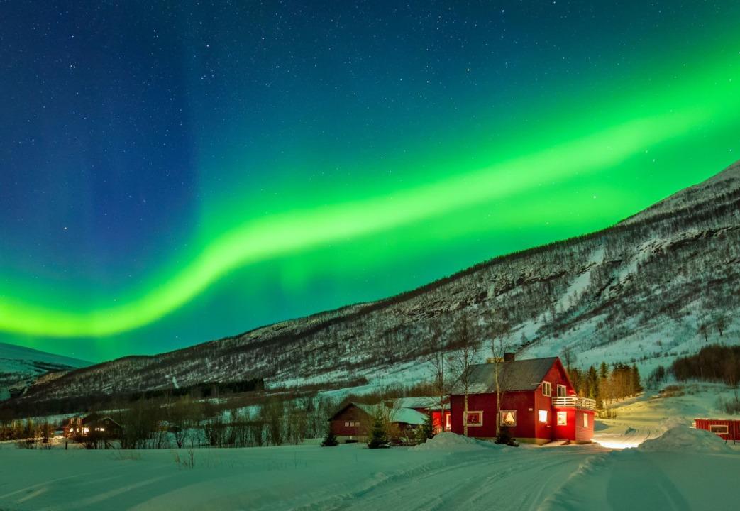 Ein Land mit Naturschauspielen und and...e berühmte norwegische Aurora Borealis  | Foto: Przemek Szatkowski